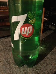 7up (Day 363 of 366) (Gene Hunt) Tags: 7up lemonade drink bottle 201516yip project366 appleipodtouch6thgeneration 2016