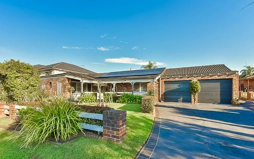10 Yule Place, Glenfield NSW 2167