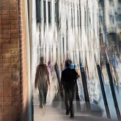 CAMPO DE LA MADONNA DE L'ORTO (zventure,) Tags: 20160911 pentaxk30 septembre2016 venice venise berges canaregio flou vitesselente zventure venisesept2016 file quai architecture palais eau bateaux briques mur murmures