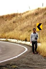 Friki Alienigeno en carretera II (Checker Morgendorffer) Tags: chihuahua mexico desert wild menonitas amish cuauhtemoc manzanas carretera crossroads flowers flores invierno winter north photography class