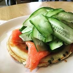 葱油餅思い出した!笑 (Gazz'n'Sho) Tags: instagramapp square squareformat iphoneography uploaded:by=instagram juno tokyo japan bills springonion pancake salmon omotesando
