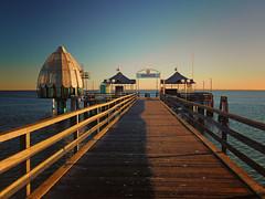 Today at the Baltic Sea (Ostseeleuchte) Tags: eveningsun balticsea ostsee abendsonne abendlicht seebrcke tauchglocke divingbell