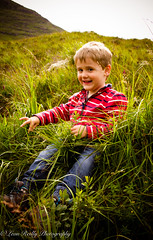 Highlands Rambling Fun!-6 (broadswordcallingdannyboy) Tags: family holiday kids canon scotland highlands child wilderness canoneos torridon canonlens kidsinaction northwesthighlands childrenandnature leonreilly eos7d lightroom4 leonreillyphotography