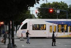 MAXPanRoseQuarterPortlandOR9-25-15 (railohio) Tags: max oregon portland siemens transit lightrail redline trimet j1 s70 092515