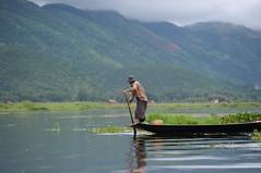Inle lake, Myanmr D700 849 (tango-) Tags: burma birman birmania  lagoinle     inlelakefishermans