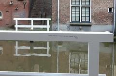 zoveel mensen hebben niet door hoeveel er is - Nolia (bcbvisser13) Tags: yard canal utrecht poem nederland eu gedicht oudegracht weerspiegeling reflectie hekwerk werf nolia werfkelders