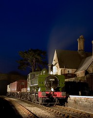 6430 (Nigel Gresley) Tags: great wester railway pannier night time station steam locomotive