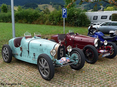 Bugatti Type 35B 1930 Usine et Type 37(R) (fangio678) Tags: festival bugatti molsheim 18 09 2016 voituresanciennes ancienne collection cars classic coche oldtimer youngtimer french francaise 35 37 ds164xg
