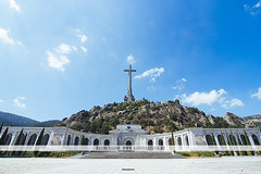 Valley of the Fallen, Madrid (Naomi Rahim (thanks for 2 million hits)) Tags: madrid spain espaa valleyofthefallen valledeloscados church architecture travel travelphotography nikon nikond7200 summer basilica catholic mountain cross jesus figure sculpture 1116mm