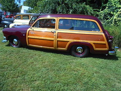 1951 Ford Country Squire (splattergraphics) Tags: 1951 ford countrysquire wagon stationwagon woody woodie carshow chesapeakecitylionsclub chesapeakecitymd