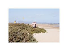 (Jordane Prestrot) Tags: jp21210 beach bather baigneur drapeau flag yellow jaune riscodelpaso fuerteventura