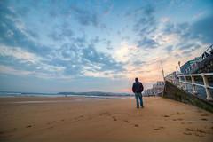 Cuando (When) (Dibus y Deabus) Tags: gijon asturias espaa spain cielo sky nubes clouds amanecer dawn playadesanlorenzo playa beach paisaje landscape canon 6d foto photo fotografia photography hdr