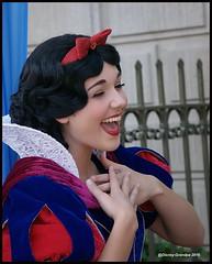 Princess Snow White_3015 (Disney-Grandpa) Tags: disneyprincess disneyland princesssnowwhite