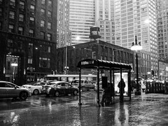 Street walk session December 4-2016 pic38 (Artemortifica) Tags: cta canon chicago december jackson michiganave powershot sd750 statest street alley bikes buses city cold compact snow subway trains umbrella underground urban weather il usa