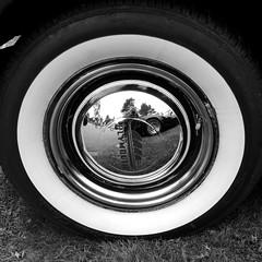 150816_0007 (larseriksfoto) Tags: svartvit hjul veteranbil