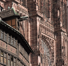 Strasbourg Cathedral (infinitum Photography & Video Production) Tags: house statue architecture arquitectura nikon sandstone cathedral gothic catedral 85mm statues strasbourg cathdrale estatuas d750 maison fachada gothique architettura halftimbered estrasburgo grs colombage piedra rennaissance kammerzell gtico strasburgo infinitum arisca entramada infinitumstudio
