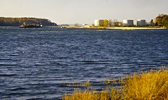 Oil Tanks & Tanker (en tee gee) Tags: harbor longisland barge oiltanks coldspringharbor