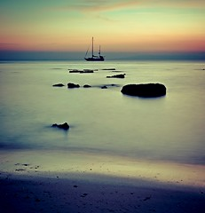 Rock the Boat... (Jerry Tremaine Photography) Tags: longexposure sunset sea islands boat rocks calm tranquil andaman neilisland beachno1 flickraward doublyniceshot tripleniceshot artistoftheyearlevel4