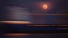 Schiff voll Mond (Andreas van Eikeren) Tags: mond schiff cuxhaven niedersachsen mondaufgang