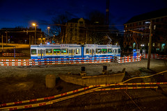 Waiting in the bright light (jaeschol) Tags: switzerland railway sbb zrich kreis5 hardplatz vbz hardbruecke vbzhaltestelle