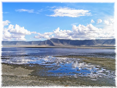 Ngorongoro Crater (acahaya) Tags: trip travel vacation cloud lake holiday weather clouds landscape see pond reisen meer urlaub wolke wolken safari ngorongoro bach crater fluss teich landschaft ferien wetter reise weiher tansania gewsser lesserflamingo phoeniconaiasminor zwergflamingo