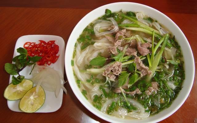 foody-mobile-pho-bo-hung-man-quang-ninh