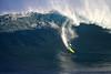 IMG_1674 copy (Aaron Lynton) Tags: peahi lyntonproductions canon 7d maui hawaii xll xxl bigwave big wave wsl surf surfig surfing jaws peahichallenge