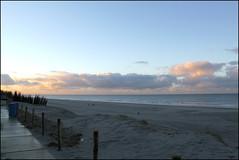 beach at sunset (Elly Snel) Tags: ameland island nl strand beach zonsondergang sunset boardwalk blue clouds wolken blauw
