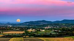 Moonrise - Rveil Lunaire (cleostan) Tags: orcet puydedme auvergne france cleostan enilorac montagnes mountain lune moon moorise lever heure bleue