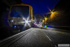 CreweRailStation2016.10.22-8 (Robert Mann MA Photography) Tags: crewerailstation crewestation crewe cheshire station trainstation trainstations train trains railway railways railwaystation railwaystations railstations railstation virgintrains virgintrainspendolino class390 class390pendolino pendolino northern northernrail class323 eastmidlandstrains class153 class350 desiro class350desiro arrivatrainswales class158 towns town towncentre crewetowncentre architecture nightscapes nightscape 2016 autumn saturday 22ndoctober2016 londonmidland