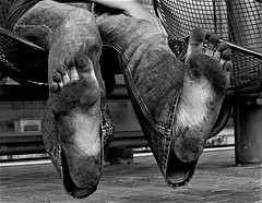 dirty feet in black and white 010 (dirtyfeet6811) Tags: feet soles barefoot dirtyfeet dirtysoles blacksoles