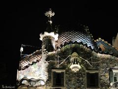 Gaudi by night (Shahrazad26) Tags: casabatllo barcelona catalunya spanje spain spanien espagna espagne modernismo architectuur architecture gaudi nightshot nachtopname