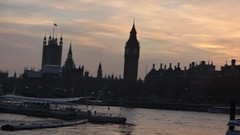 River Thames from the South Bank in London - Westminster sunset - HD video clip (ell brown) Tags: southbank riverthames londonboroughoflambeth londonboroughofsouthwark bankside london greaterlondon england unitedkingdom greatbritain westminster sunset cityofwestminster victoriaembankment palaceofwestminster housesofparliament houseofcommons houseoflords bigben westminsterbridge gradeilisted gradeilistedbuilding sircharlesbarry video videoclip hdvideo hdvideoclip normanshawbuilding normanshawbuildingnorth normanshawbuildingsouth territorialpolicingheadquarters