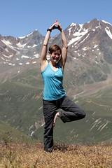 Yoga at 9000 feet (omefrans) Tags: summer austria hiking ötztal summerholiday