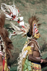 28-112 (ndpa / s. lundeen, archivist) Tags: man color film face festival fiji 35mm necklace costume clothing drum traditional nick feathers culture makeup suva southpacific drummer warrior 28 tradition 1970s facepaint performer 1972 necklaces headdress dewolf oceania fijian pacificartsfestival pacificislands festivalofpacificarts southpacificislands nickdewolf photographbynickdewolf festpac pacificislandculture southpacificfestival reel28 southpacificartsfestival southpacificfestivalofarts fiji72
