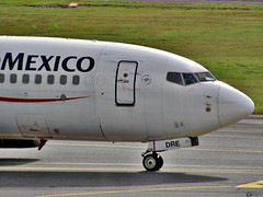 Aeromxico - Boeing B737 - EI-DRE (Christ M.) Tags: chile santiago peru argentina brasil mexico airport df colombia bogota dubai lima miami sydney f100 eldorado emirates auckland lan a380 boeing panama americanairlines bog aeropuerto cartagena lufthansa viva pei tam a330 a340 airfrance a320 iberia mexicodf b747 aeromexico medelln embraer f50 mde fokker sanandres atr rionegro a319 b737 barranquilla pereira a300 b767 b787 b757 b727 b777 a310 avianca a318 adz eoh matecaa a350 vivacolombia aicm copaairlines skpe skbo olayaherrera josemariacordova dash8q200 skrg skmd b777f sksp
