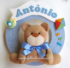 Enfeite de Porta Maternidade Urso (Feltrolandia) Tags: azul de pssaro quadro guirlanda porta quarto feltro decorao pipa urso nascimento maternidade antnio enfeite ursinho po feltrolndia