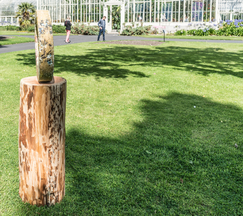 SCULPTURE IN CONTEXT 2015 AT THE NATIONAL BOTANIC GARDENS [UNOFFICIAL PREVIEW] REF-107343