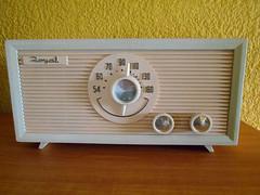 HERMOSO RADIO DE BULBOS DE LOS 60S (henkjav1) Tags: de antiguos radios bulbos