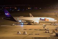 N885FD - Boeing 777-FS2 - Federal Express (FedEx) (Digi-Mike) Tags: plane germany airplane airport fotografie nightshot aircraft aviation air cologne kln aeroporto cargo nightshoot planes boeing flughafen fedex flugzeug aeropuerto spotting vliegtuig planespotting federalexpress luchthaven eddk cgn spotter flieger klnbonnairport fliegerei nachtfoto planespotter konradadenauerairport cgneddk 777fs2 canoneos7dmarkii n885fd
