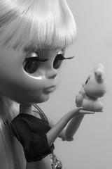 Bunny ♥ (Eloines) Tags: bw pet bunny nikon doll dolls factory fake sigma kinder surprise blythe tbl takara darcy 105mm d3200
