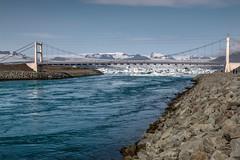 Brcke vor dem Jkulsrln - HDR (bohnengarten) Tags: lake ice river island eos iceland lagoon iceberg jkulsrln glacial eisberg gletschersee 70d gletscherflusslagune