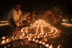 Dev Deepawali | Varanasi (Ravikanth K) Tags: light people india festival night fire candle outdoor low culture dia dev varanasi ritual lamps diwali devotees hindu kashi deepawali banaras karthika earthen pournami kasi 500px karthiga devdeepawali devdiwali beneras
