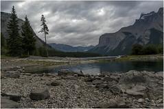 Lake-Minnewanka-in-Banff-National-Park-(80) (F. Ovies) Tags: canada montaas rocosas