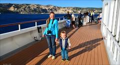 CDF_4958 (famille naturiste) Tags: travel cruise mer holiday boot vacances boat barca horizon ibiza bateau vacanza crociera menorca crucero vaixell croisire navire cdf kreuzfahrt znith majorque  balares minorque  croisiredefrance