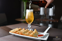 Thaitai Brasil - Gastronomia Tailandesa (dayana-souza) Tags: comida pastel shitake food cogumelo cerveja interior tailandia comidatailandesa