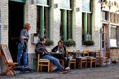 BRUGGE - WHEN THE DAY GOES BY (Punxsutawneyphil) Tags: europa europe belgium belgique belgien belgica belgie brgge brugge vlaanderen flandern flanders flemish leute people menschen caf coffeetime coffee talking talk gesprch unterhaltung couple paar drausen outdoor chairs sthle street strase streetlife streetscene