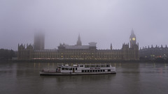 20161031_Houses of Parliament (Damien Walmsley) Tags: halloween spooky housesofparliament westminster fog queenelizabeth thames river boat england bbcweatherwatchers weather october london southbank