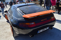 Porsche 928 GTS (benoits15) Tags: automotive automobile avignon anciennes racing retro rallye old prestige supercar festival flickr f french german gt historic motor meeting car coches classic cars collection voiture vintage nikon porsche 928 gts