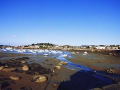 Port Ploumanac'h (maevabenton) Tags: port boat bateaux mer paysage sable bretagne peche rivage littoral cte extrieur ocean ocan ciel
